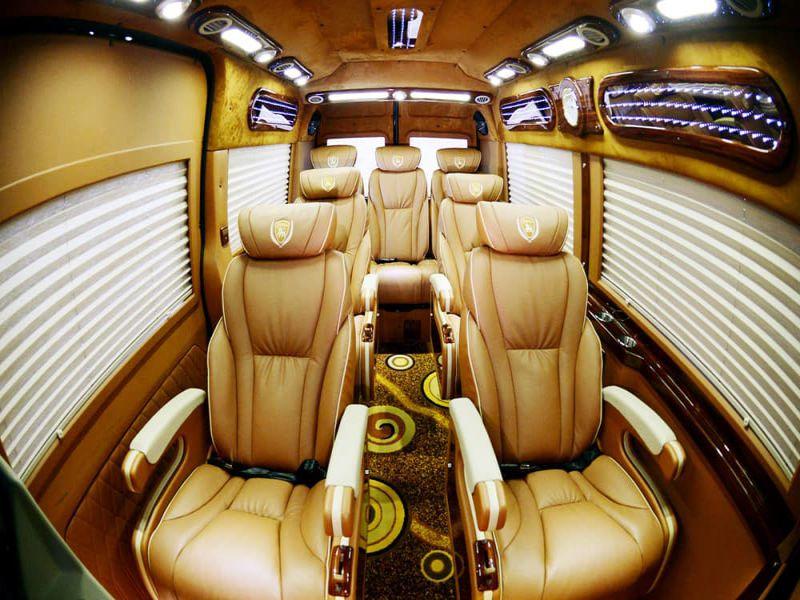Xe Cúc Tùng Limousine