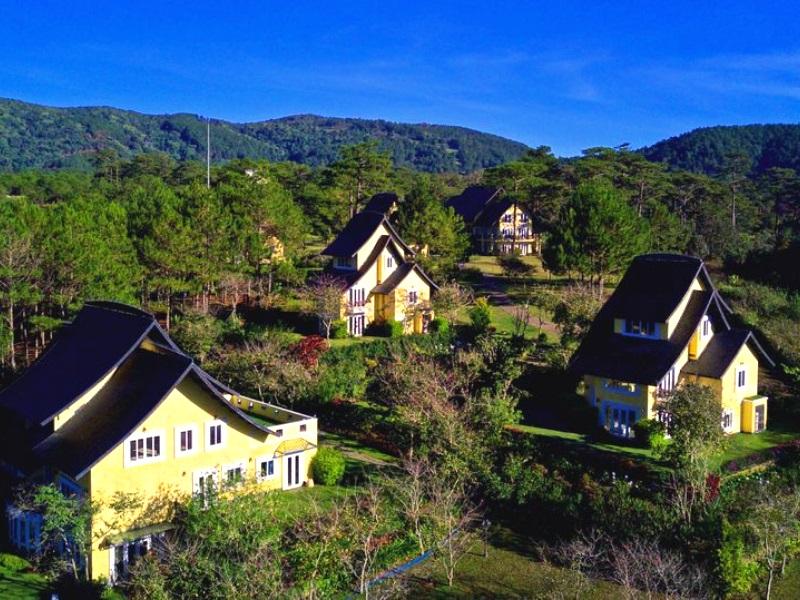 Khác sạn hồ Tuyền Lâm