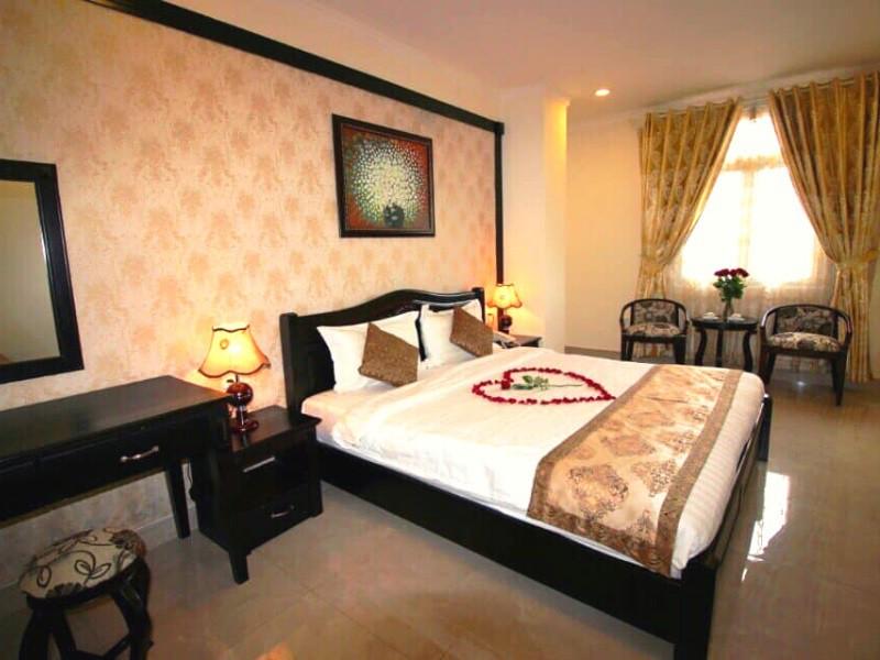 Khách sạn trên đường Nguyễn Chí Thanh Đà Lạt