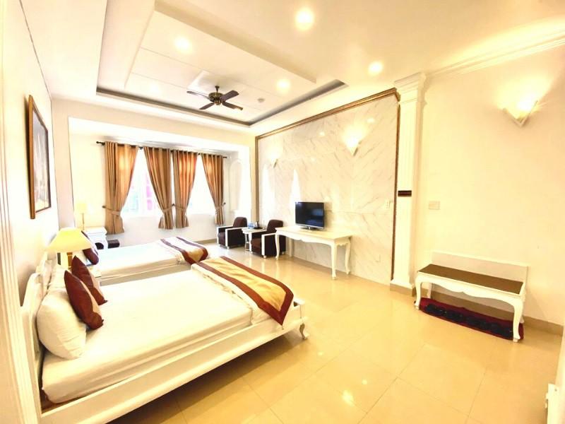 Khách sạn Đà Lạt trên đường Nguyễn Chí Thanh