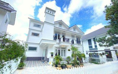 Villa Nam Hồ Đà Lạt