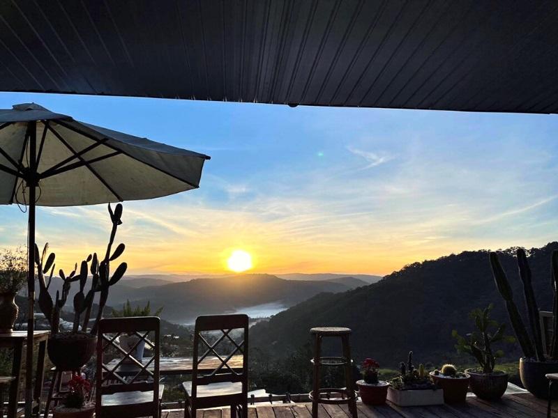Ngắm bình minh Đà Lạt tại homestay Sunview